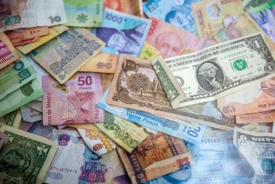 フィリピン人の銀行口座事情|海外で口座は作った方が確実にお得!