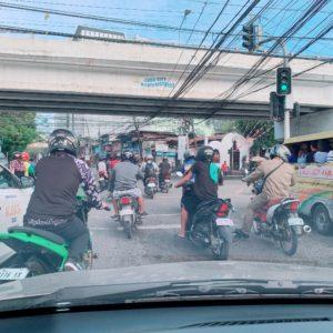 フィリピンセブ島は、軽めの交通事故が多すぎる!運転マナー最悪!